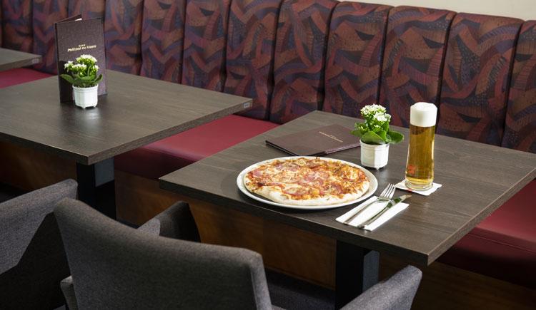 Pizza essen im Parkhotel zur Klause in Bad Hall